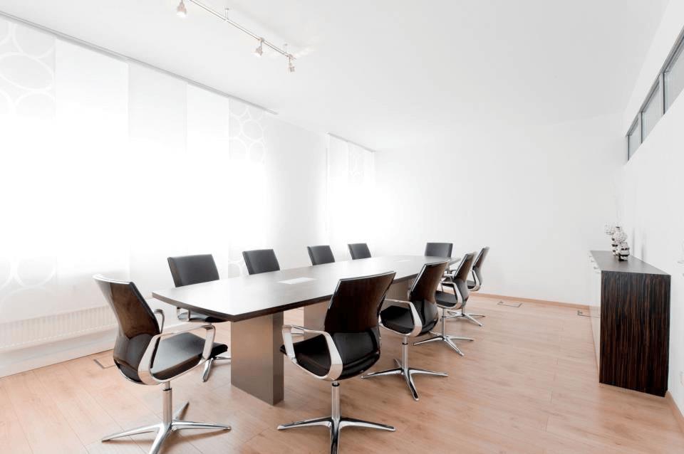 Büro AP Konferenztisch aus Makassar Furnier mit massiven Edelstahlfüßen - Büro, Objektbereich