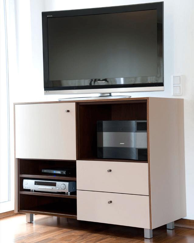 Wohnzimmermöbel R TV Element - Privatbereich, Wohnen